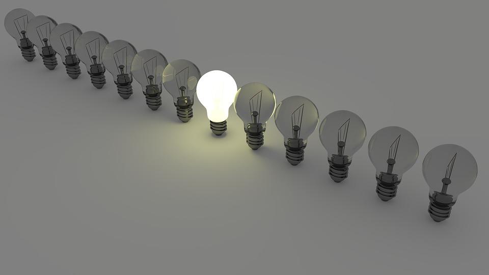 Jak snížit v domácnosti výdaje za elektřinu a nedělat si starosti